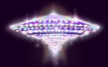 Świetlny statek kosmiczny, UFO