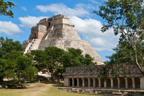 Uxmal - prekolumbijskie piramidy